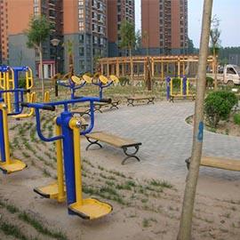 濮阳龙城花园南区6号户外路径健身区