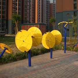 濮阳龙城花园南区3号户外路径健身区